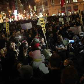 Ferguson Decision Protest Shuts Down NYCTraffic