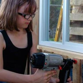 A 9-year-old in Washington builds on her girl power