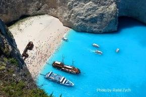 Greek crisis intensifies: Tourists begin toworry